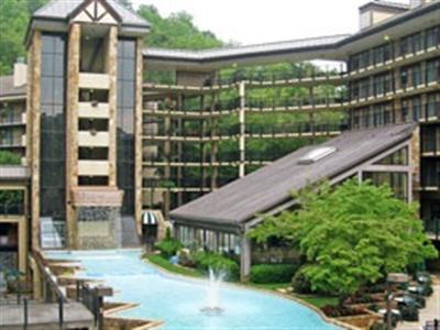 Gatlinburg Town Village Hotel, an Exploria Resort, Gatlinburg / Pigeon Forge