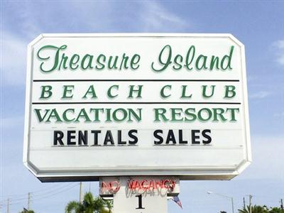 Treasure Island Beach Club, Treasure Island