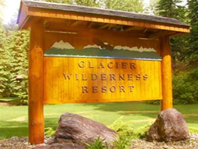 Glacier Wilderness Resort, West Glacier