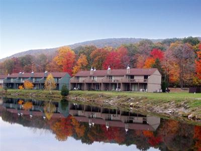 Quail Hollow Village at Beech Mountain Lakes, Poconos