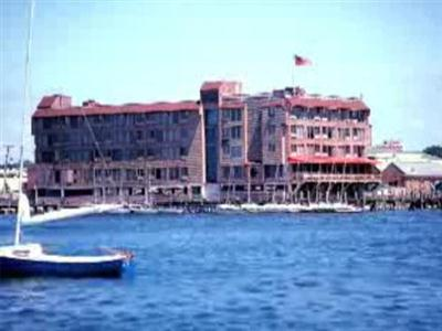 Wyndham Inn on Long Wharf, Newport