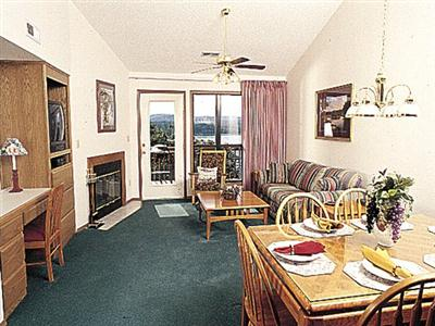 Indian Point Resort Condominiums, Branson