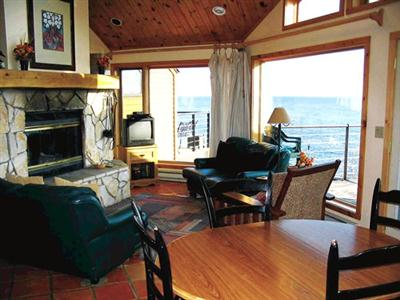 Lakehomes at Superior Shores, Two Harbors