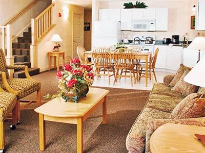 Suites at Attitash Mountain Village, Bartlett