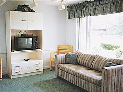 Holiday Vacation Condominiums, Cape Cod